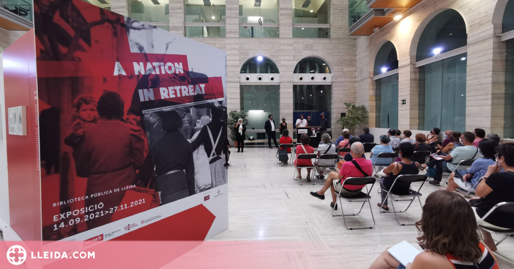 A Nation in Retreat, La Retirada vista per les agències fotogràfiques internacionals