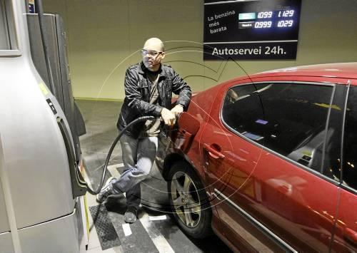El consum de carburants a Lleida modera la caiguda tot i que és un ... - Lleida.com