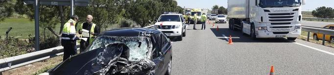 Un accident a Alcoletge entre tres vehicles provoca cues quilomètriques a l'A-2