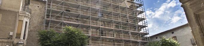Santa Maria de Guissona, en obres davant del risc de despreniments
