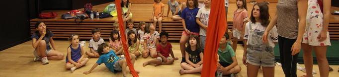 De les aules a les acrobàcies