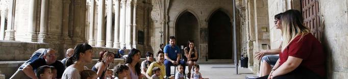 El claustre de la Seu Vella comença les tardes de lectura per a nens i nenes
