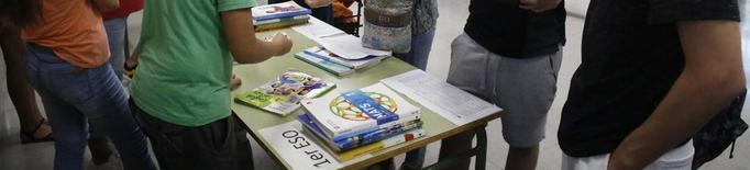El mercat de llibres de text usats del Guindàvols estalvia 250 € per alumne