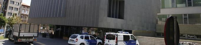 Escorcoll policial a la Urbana de Lleida en una gran batuda antifrau estatal