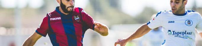 El lateral Albert Dalmau, desè fitxatge del Lleida