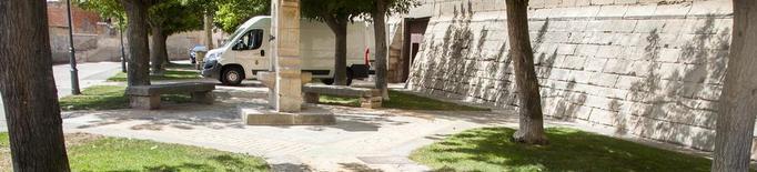 Bellpuig millora el paviment de la plaça del Castell