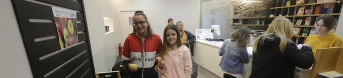 Autobusos de Lleida promou el consum de fruita local