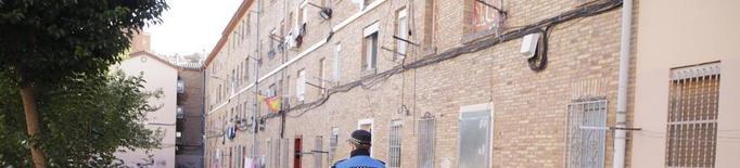 La Paeria estudia ampliar a més barris les patrulles d'urbans a peu