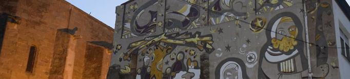 Ultimen el nou mural del pessebre vivent de Linyola