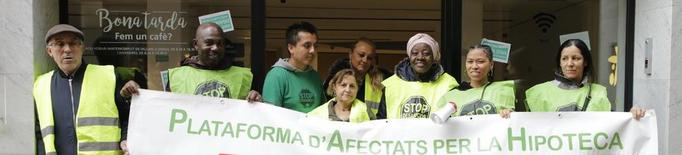 Demanen lloguer social per a tres famílies okupes que seran desnonades