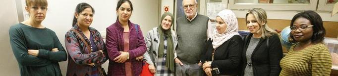 Classes de català per a mares d'origen estranger a La Mitjana