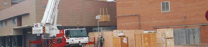 L'Arnau instal·la l'accelerador lineal que paga la Fundació Amancio Ortega