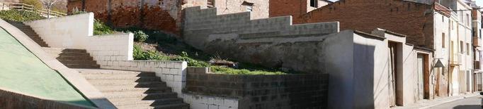 Almacelles compra quatre edificis i els demolirà per fer una nova plaça