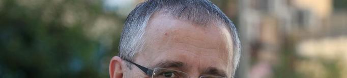 Jesús Castillo, exedil de Ros d'Educació, en un col·lectiu de suport a Pueyo