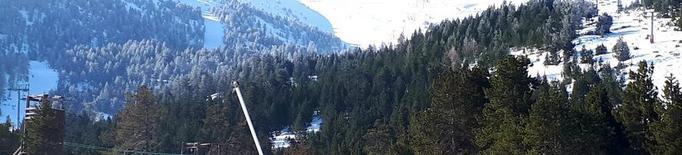 Milers de turistes el penúltim dissabte de la temporada d'esquí