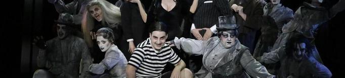 'La familia Addams' pren la Llotja