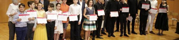 El jove serbi Vladimir Acimovic guanya el concurs Viñes de piano