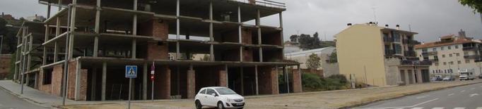 Balaguer ordena tapiar i tancar 26 edificis i 3 pous en només 10 mesos