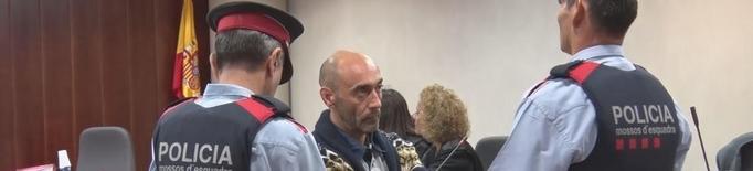 Testimonis contradiuen la versió de l'acusat del crim d'Acadèmia