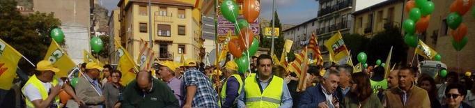Tractorada a Calataiud contra la crisi de la fruita