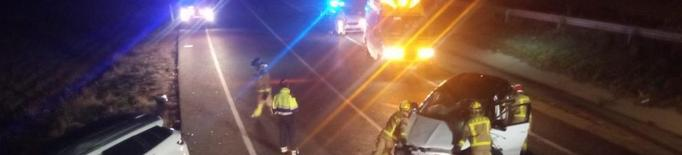 Dos evacuats a l'Arnau en un nou accident a l'N-230 a Almenar