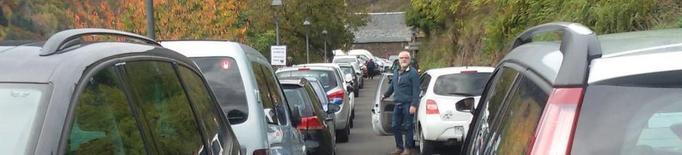 Col·lapse de vehicles a l'accés a Bausen