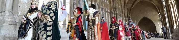 Moros i Cristians formen files a Lleida