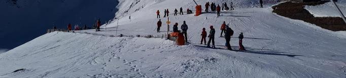 Les pistes esperen coronar Reis amb milers d'esquiadors