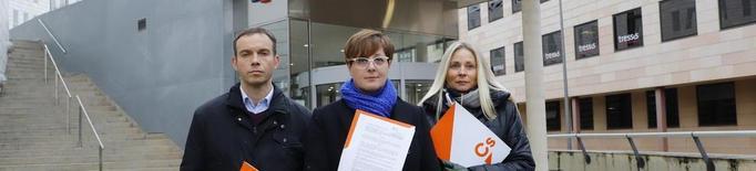 Cs porta a Fiscalia la retirada de dos banderes espanyoles a la Paeria