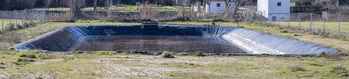 Renoven la canalització de la bassa de Vergós