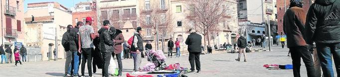 Queixes veïnals per un mercadillo il·legal al Centre Històric de Lleida