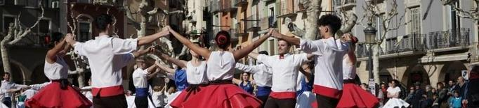 Balaguer ajorna les sardanes
