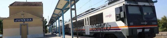 Tres trens queden aturats per falta d'electricitat