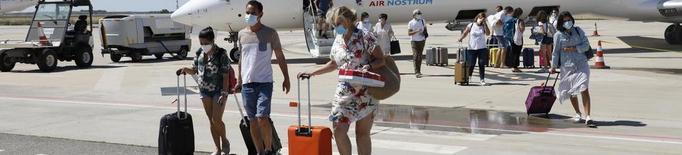 El transport públic es manté i Alguaire cancel·la el vol a Palma