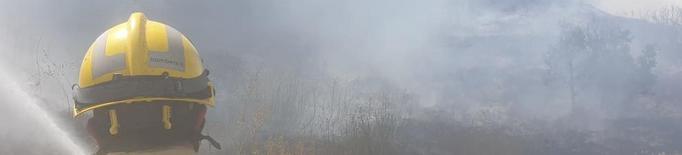 Un incendi calcina una hectàrea a Oliola