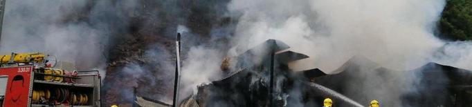 Sufoquen un incendi en un paller a la Torre de Capdella