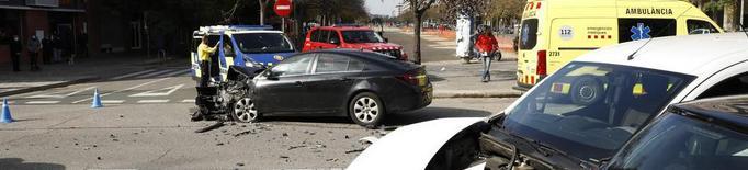 Tres ferits en un aparatós accident a Pardinyes