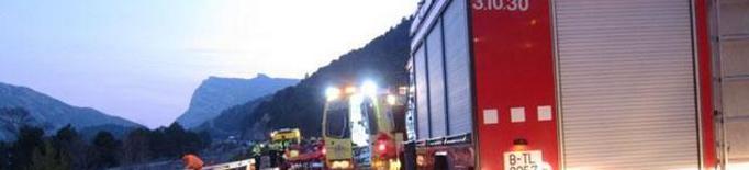 Mor el conductor d'un vehicle en xocar amb la porta d'un magatzem a Sant Ramon, a la Segarra