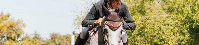 albert_i_umbella_al_salt.jpeg cavalls competició