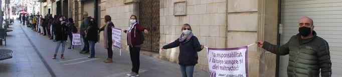 Cadena Feminista a Tàrrega contra les violències masclistes