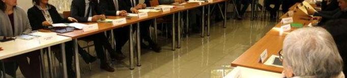 """Ajuntaments de Ponent demanen resoldre """"l'estrès"""" de l'augment de població per la campanya de la fruita"""