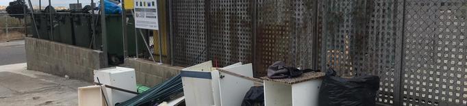 Cervera engega una campanya per disminuir les bosses d'escombraries al carrer