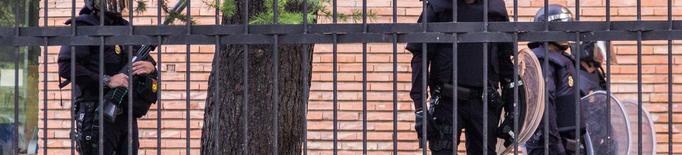 Tres comandaments policials neguen agressions durant l'1-O a Lleida