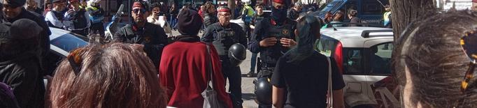 Intenten boicotejar l'acte institucional del Dia de les Dones a Lleida