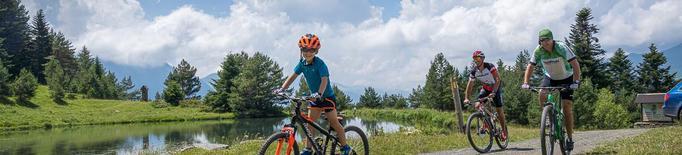 Arxiu bicicleta vacances familiars Val d'Aran