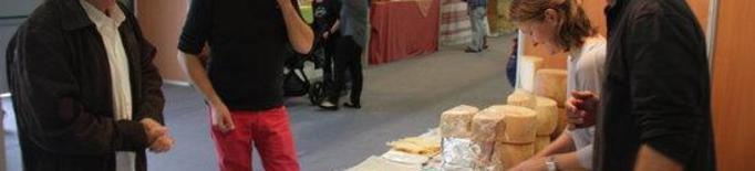 La Seu adapta la Fira de Sant Ermengol amb una mostra de formatges i productes de proximitat