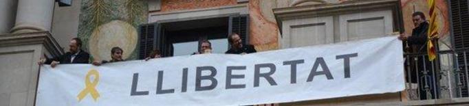 #EleccionsGenerals10N: La Diputació de Lleida torna a penjar a la façana les pancartes per demanar la llibertat dels presos independentistes