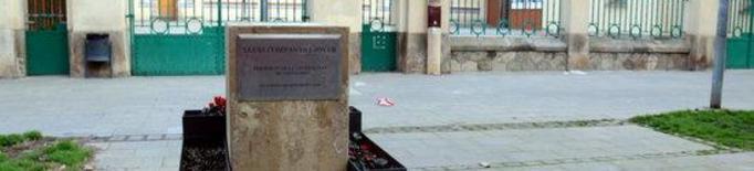 Arrenquen el bust de Lluís Companys de davant de l'Escorxador de Lleida
