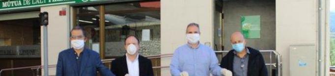 La Mútua de l'Alt Pirineu dona 7.000 euros a l'hospital de la Seu per comprar material sanitari i EPIs
