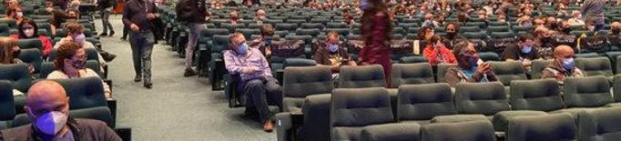 Els cinemes celebren l'excepció horària per a la cultura, que els permetrà continuar oberts